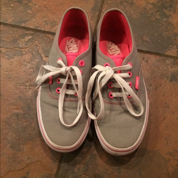 2f23c4b02cd944 Vans Shoes - 🇺🇸SALE Vans size 7 women s men s size 5.5